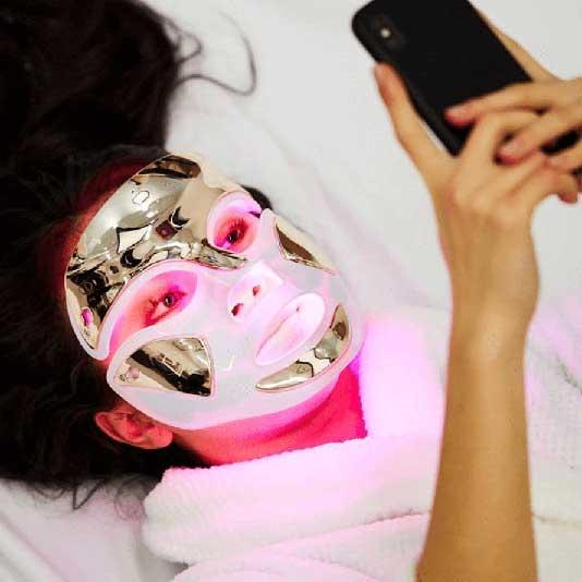 LED Light Therapy Purple Light Mask